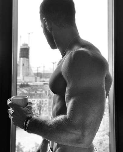Иван  (28 лет)