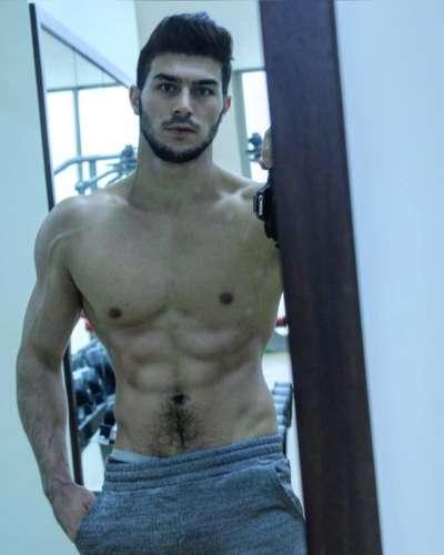 султан  (24 года)