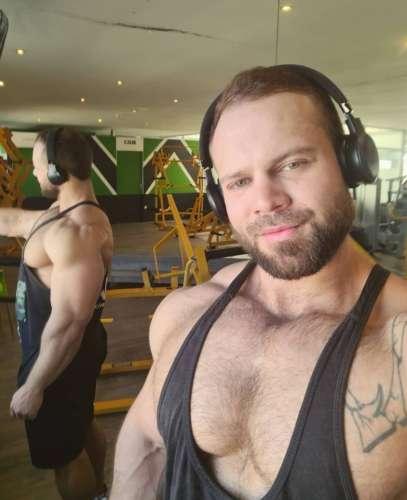 Владимир  (34 года)